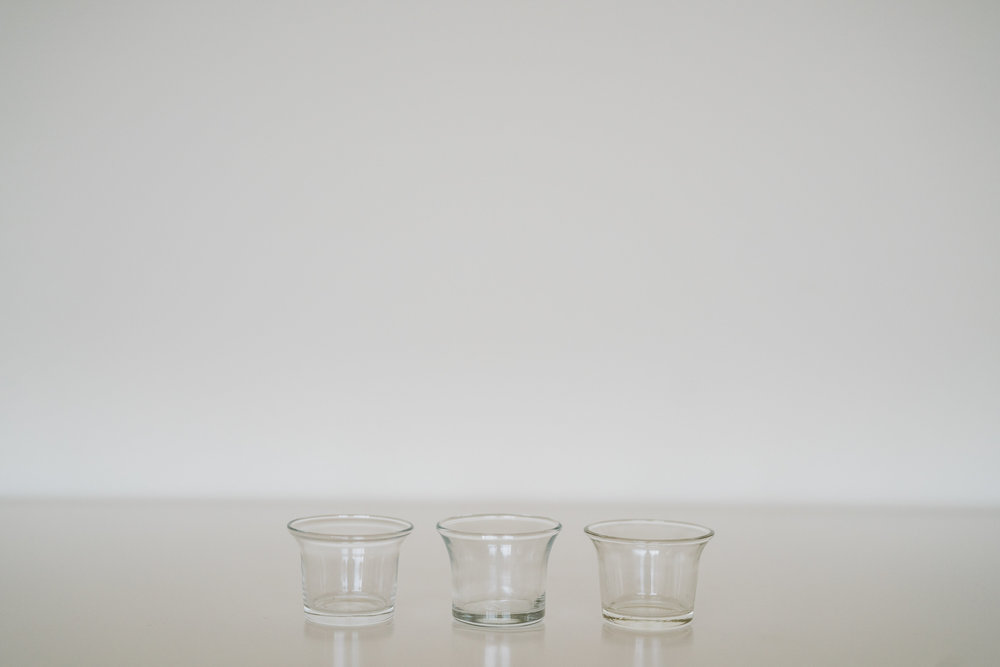 GLASS TEALIGHT CANDLE HOLDERS