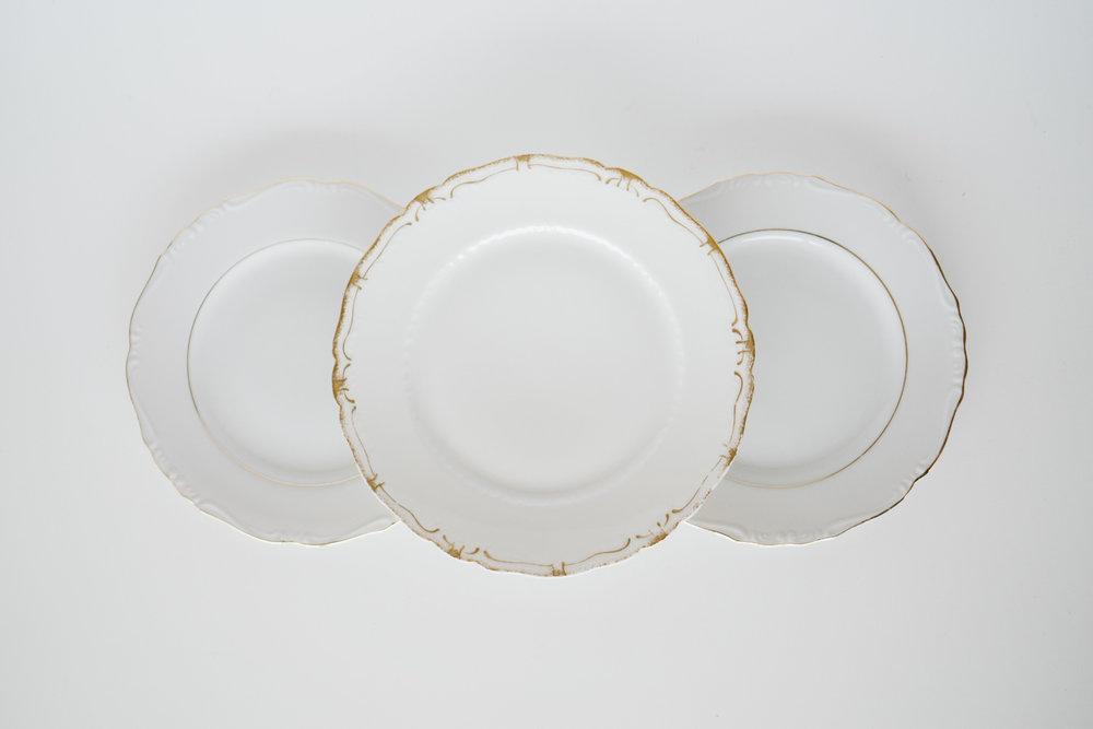 GOLD RIMMED SALAD & DESSERT PLATES
