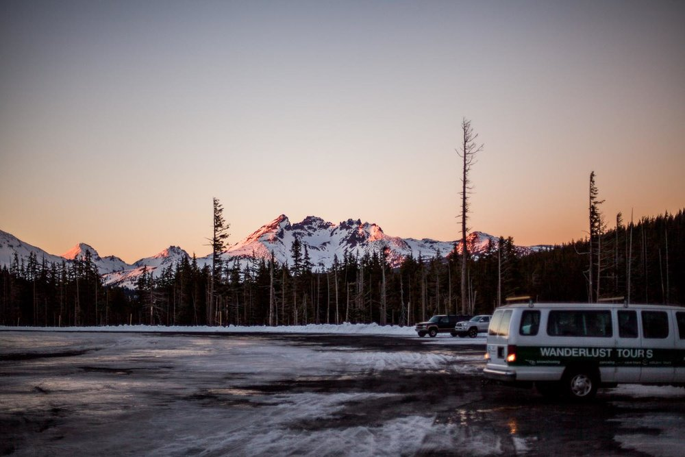 Wanderlust van filled with eager snowshoers // Photo by Natalie Puls