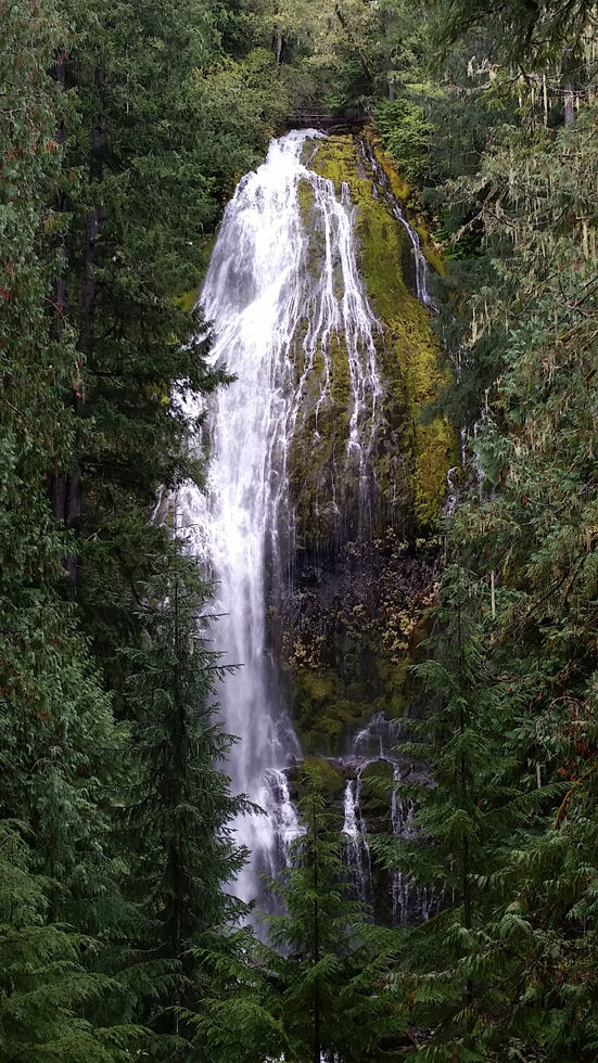 Central-Oregon-Waterfalls