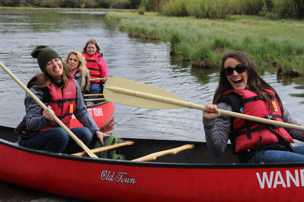 Group-Canoe-Tours-Bend-Deschutes