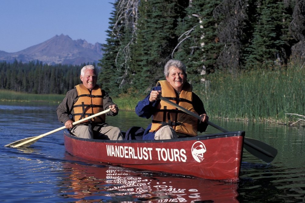 Canoe-Tours-Bend-Oregon