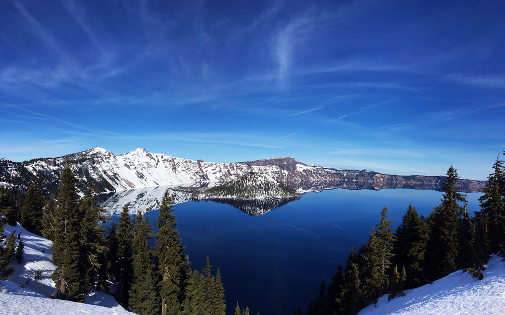 Year-round tours of Crater Lake National Park