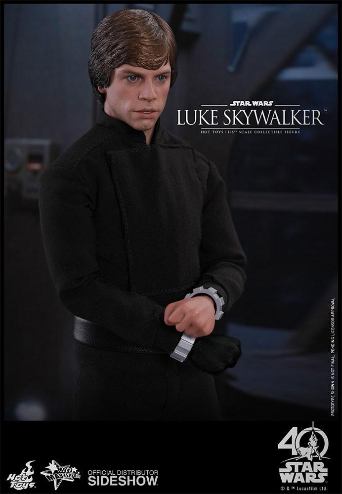 star-wars-luke-skywalker-sixth-scale-hot-toys-903109-11.jpg