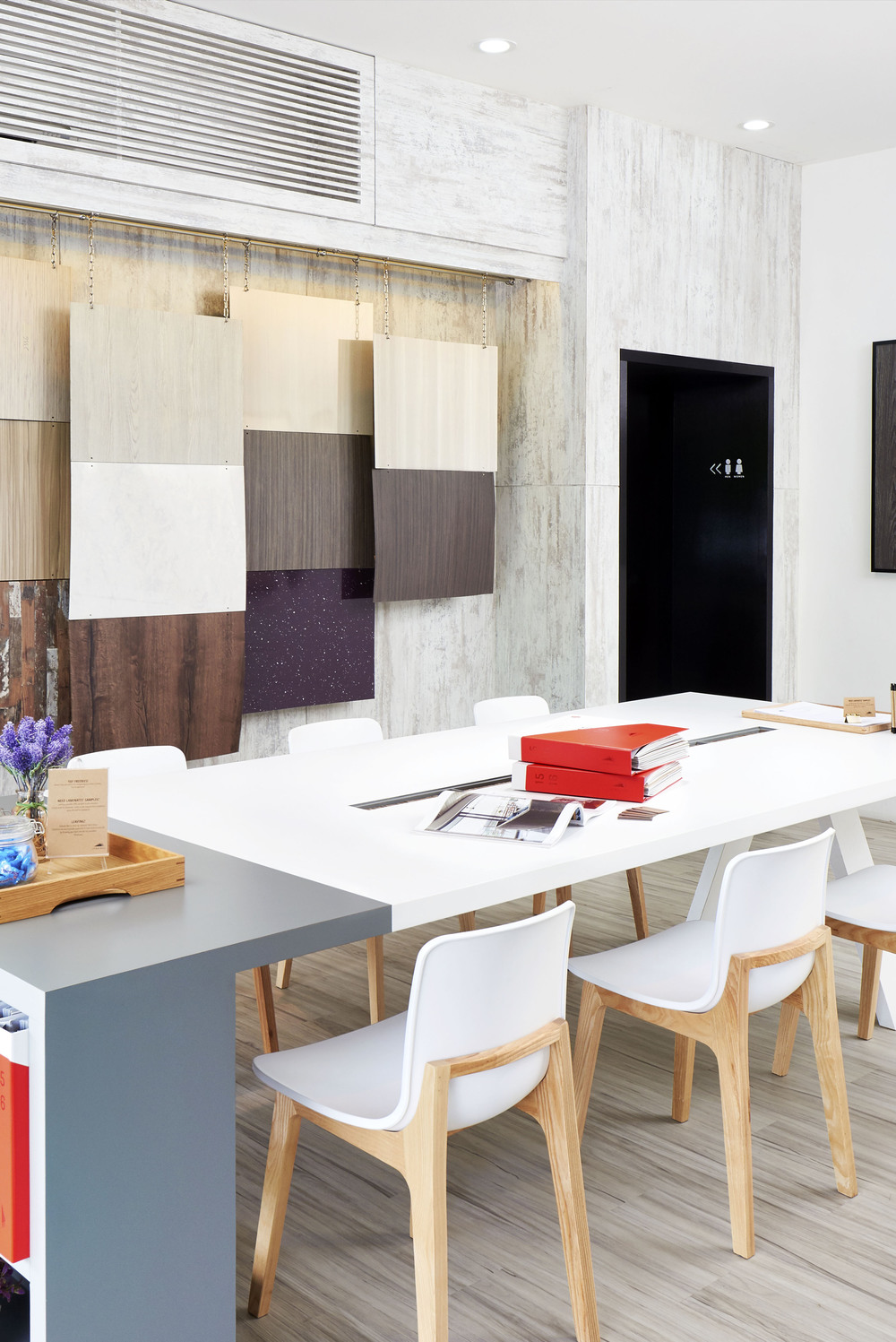 Jennings Showroom_04.jpg