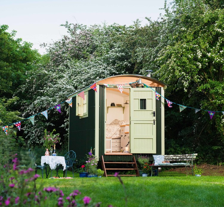 Shepherd S Hut: 5 Clever Ways A Shepherd's Hut Can Maximize Your Home