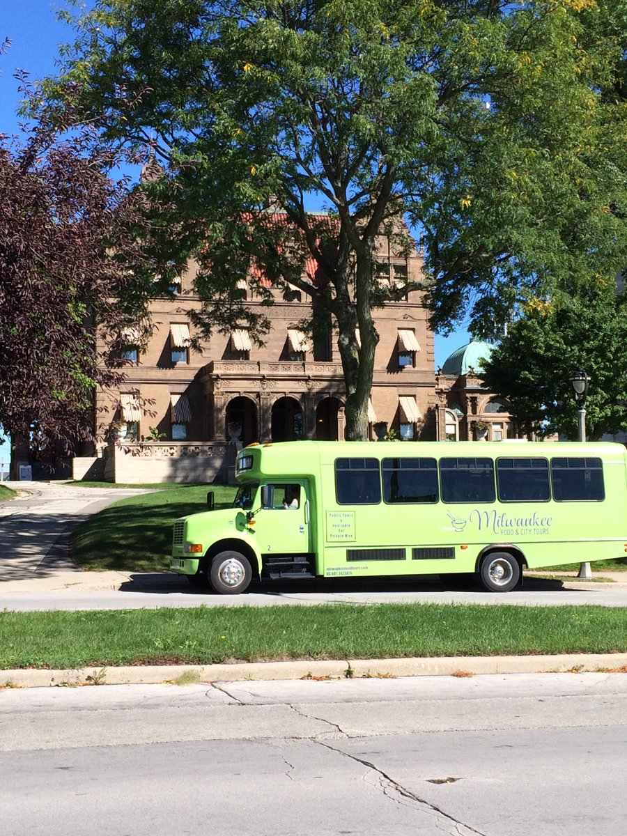 Sightseeing tours highlight Milwaukee's top attractions and neighborhoods, such as the Pabst Mansion, and can be customized to meet the needs of your group.