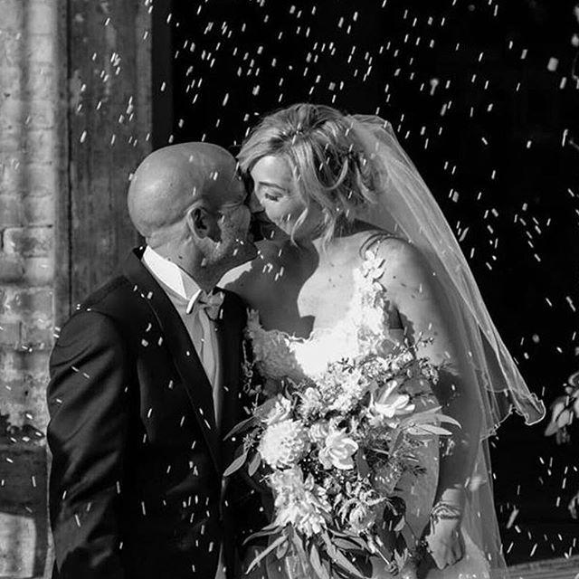 L'emozione del giorno più bello... La meravigliosa @federsan con il nostro abito Iris 🌸 #ferraribrides