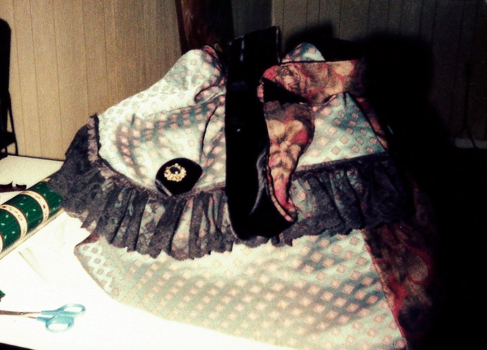 Lady Chatterly Overnight Bags Made By Mariby Corpening9.jpg