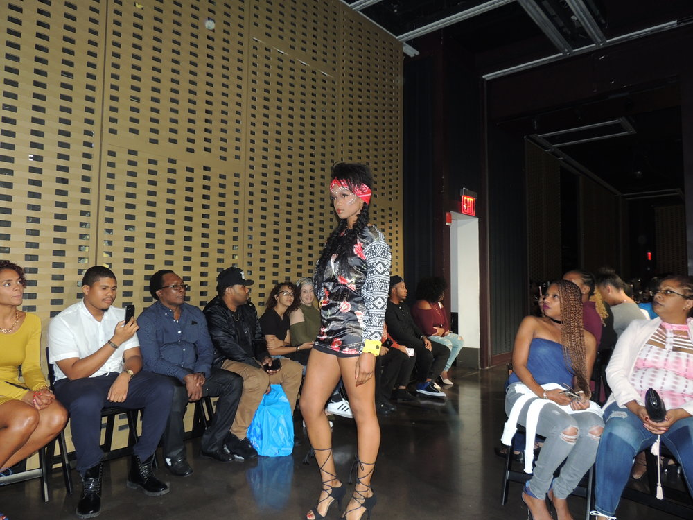Rose Noire Fashion Show