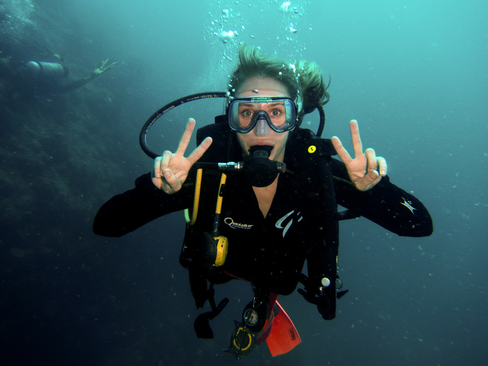 MV Monsoon Diver.jpg