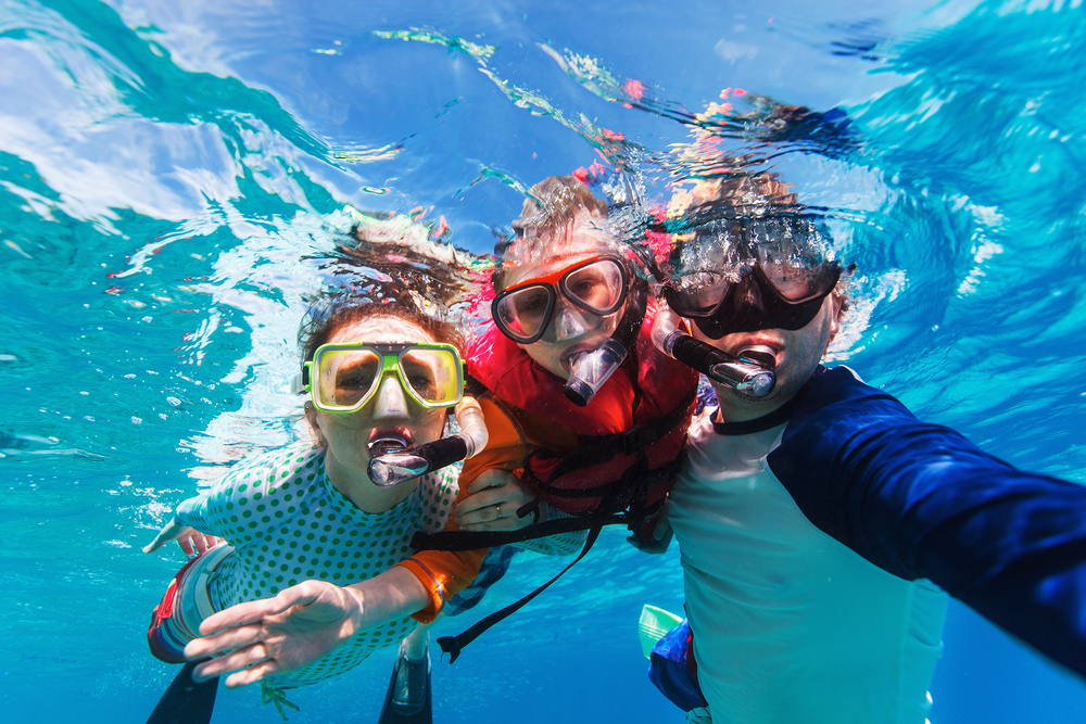 MV Monsoon snorkelling family.jpg