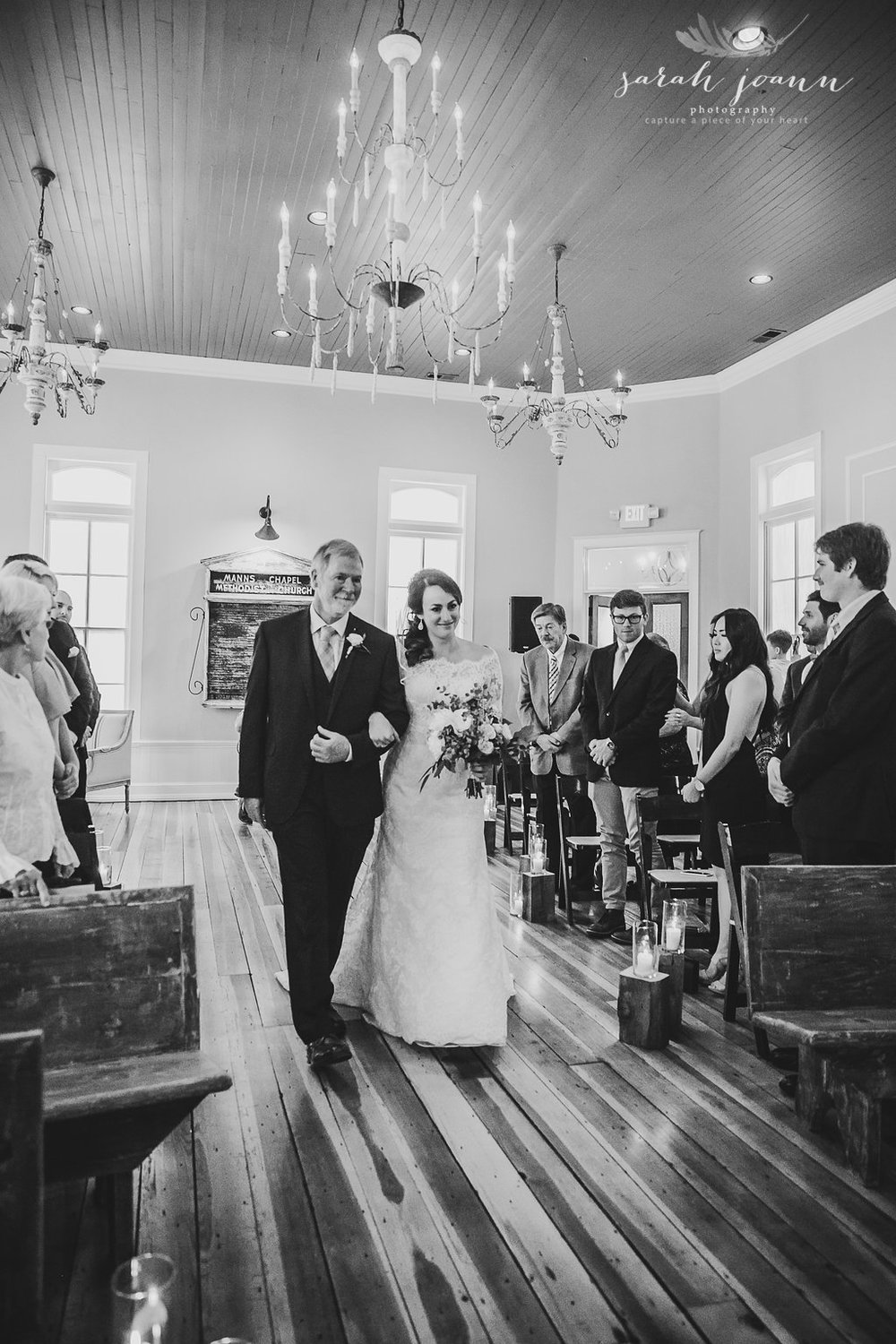the-Parlour-wedding-photographer-B&B-IMG_61591051.jpg