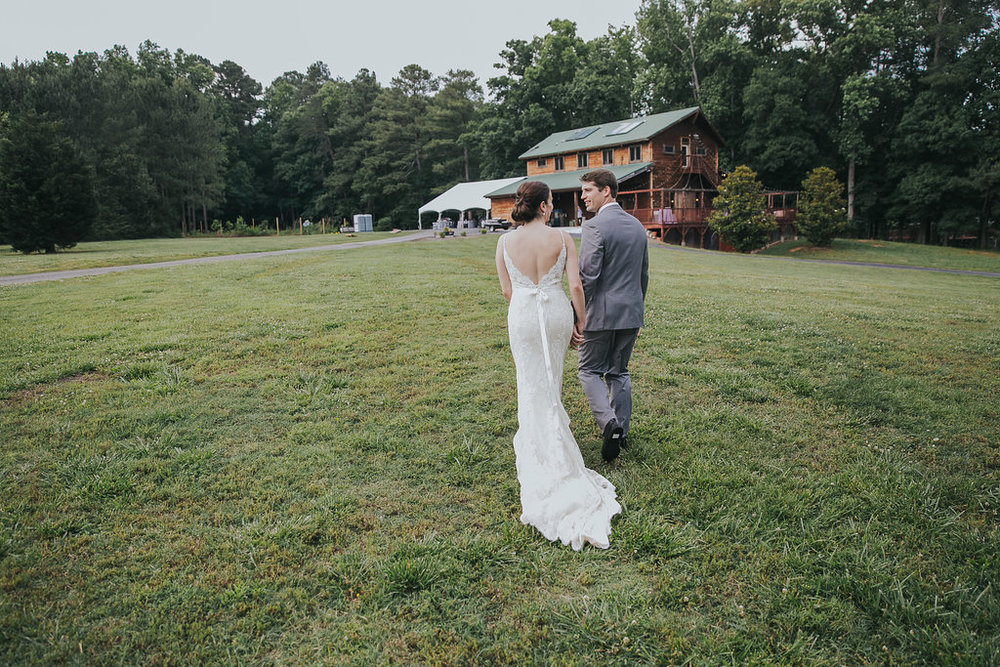 Barn-At-Valhalla-wedding-photographer-Chapel-Hill-NC-K&B-1701.jpg