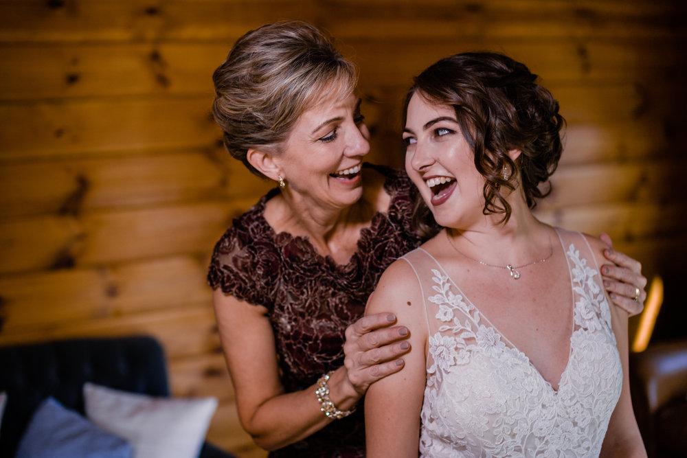 20170930-paul-seiler-photography-raleigh-wedding-photographer-nc-carraway-barn-at-valhalla-0148.jpg