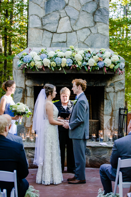 20170930-paul-seiler-photography-raleigh-wedding-photographer-nc-carraway-barn-at-valhalla-0327.jpg