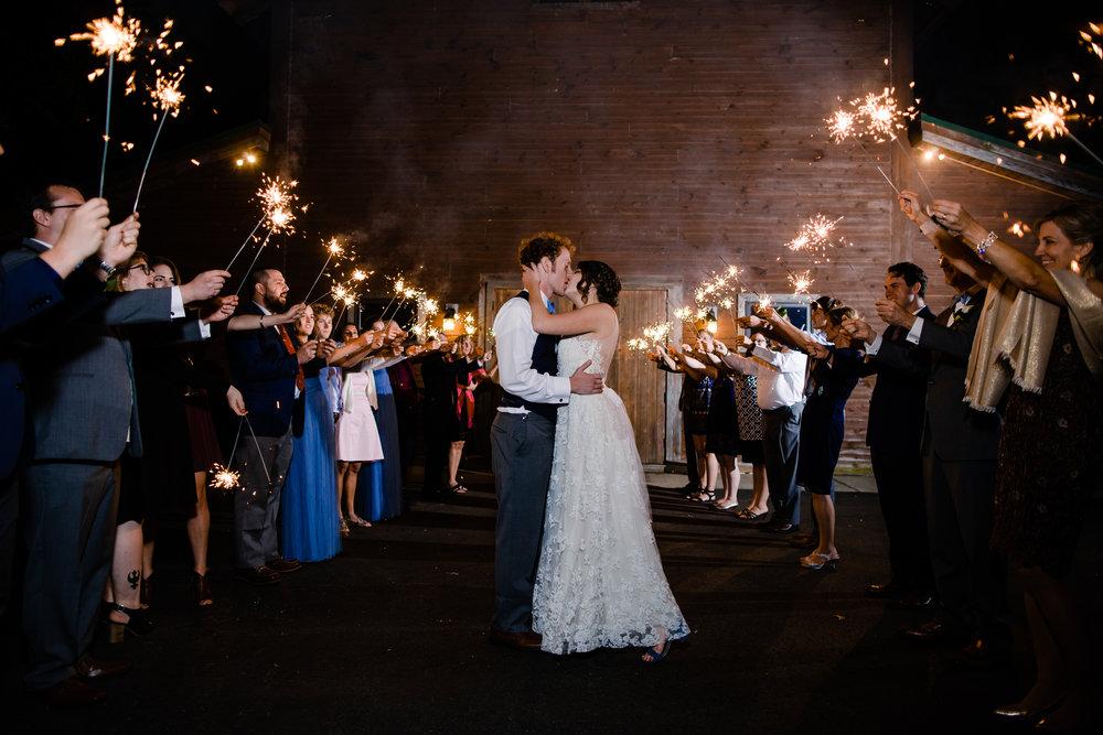 20170930-paul-seiler-photography-raleigh-wedding-photographer-nc-carraway-barn-at-valhalla-0770.jpg