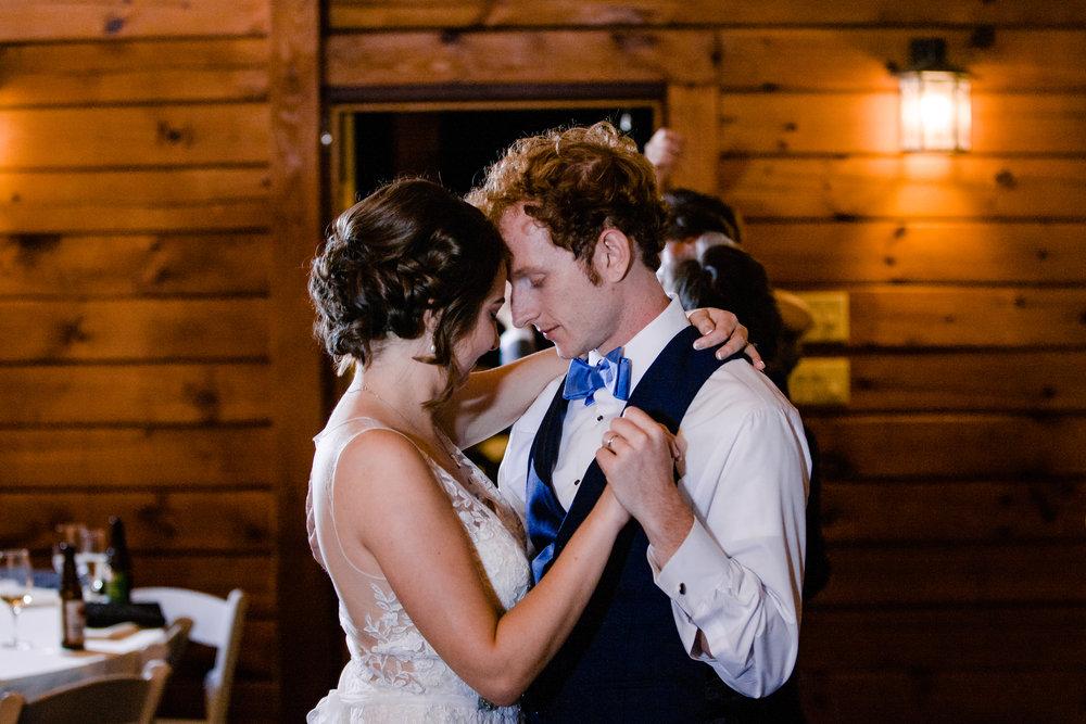 20170930-paul-seiler-photography-raleigh-wedding-photographer-nc-carraway-barn-at-valhalla-0726.jpg