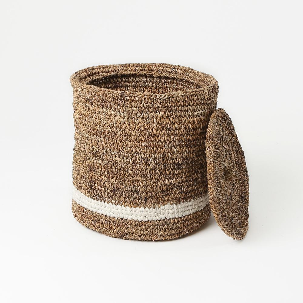 Blanket Baset Round Stripe_ Cropped.jpg