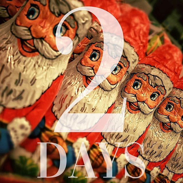 HEY METRO YOUTH PEEPS! Just TWO days left until our Metro Youth Christmas party! You don't wanna miss it. You know why?! Because we'll be having awesome games, yummy food, and lots of fun! Make sure to come dressed in your favorite Christmas attire.  Oh! And bring ya friends! Whoever brings the most gets a prize!