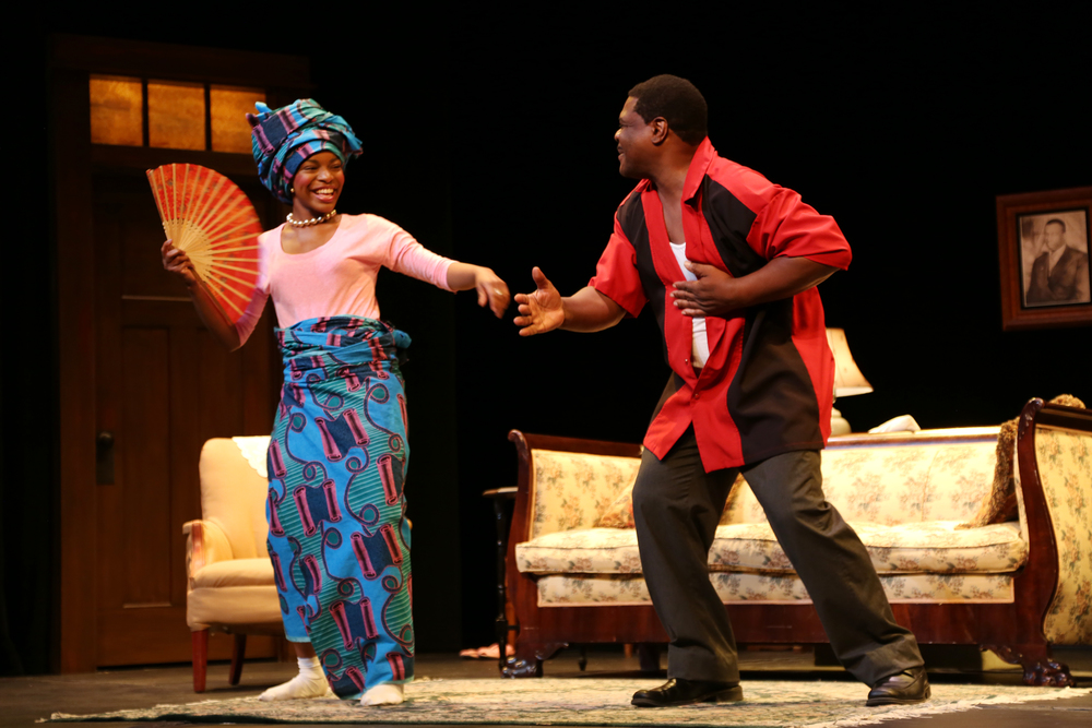 Kamillah Camp-Bey (Beneatha) and Aaron Smith (Walter Lee). Photo: Andrea Markowski