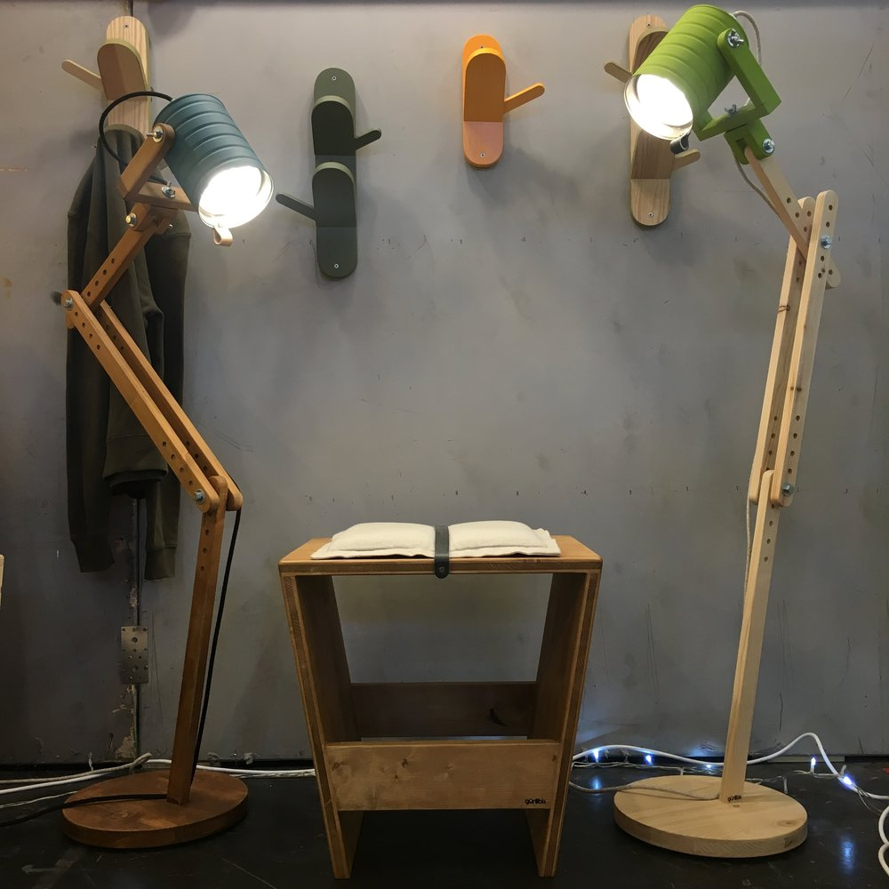 LA SANTA FLOOR LAMP, AVAILABLE IN TWO CAN SIZES, THE MOST VERSATILE FLOOR LAMP