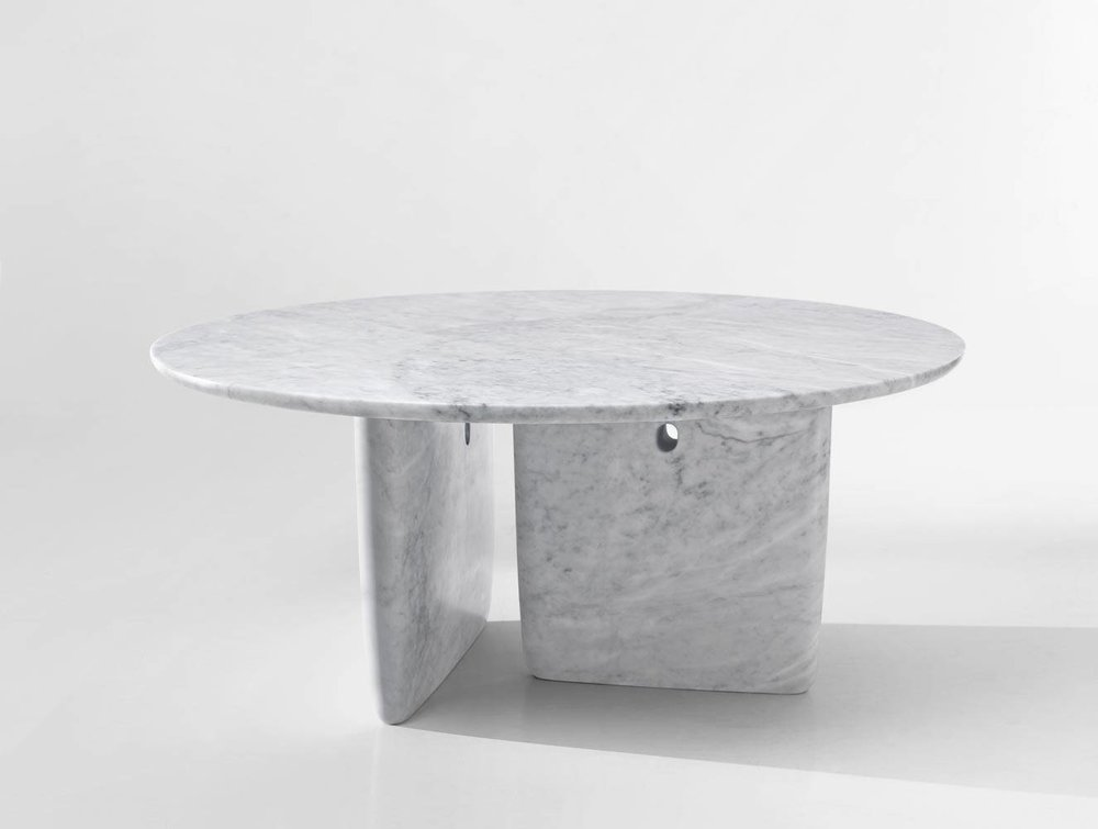 Tobi-Ishi: Dining table made of marble. Design by Edward Barber & Jay Osgerby for B&B Italia.