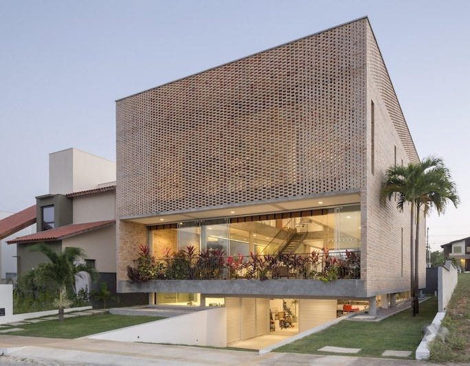Front view of KS Residence project by Arquitetos Associados in Brazil as seen in www.archdaily.com/ Photo credit: Joana França