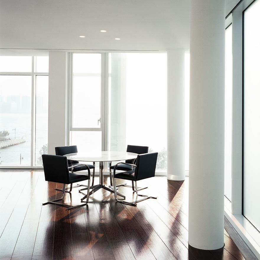 fllat-brno-chair-florence-knoll-table-4611_z.jpg