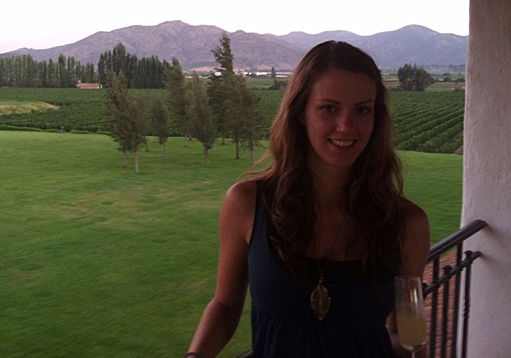 Kate Laramie, the latest Vino Vagabond, in Chile's wine region!