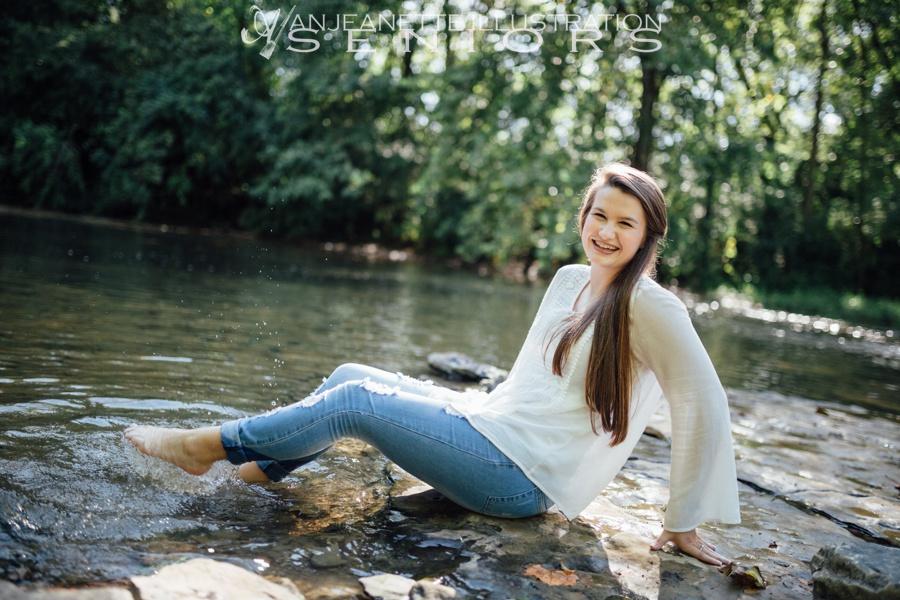 Hendersonville Tn Senior pictures High school senior photographer Anjeanette Illustration Photography