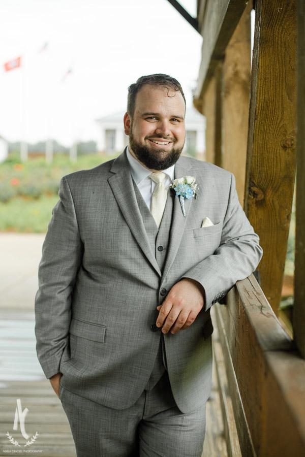 Gavin-Cierra-Discovery-Park-Wedding-15.jpg