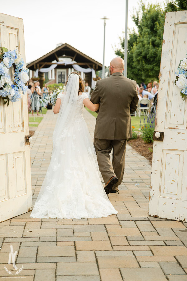 Gavin-Cierra-Discovery-Park-Wedding-30.jpg
