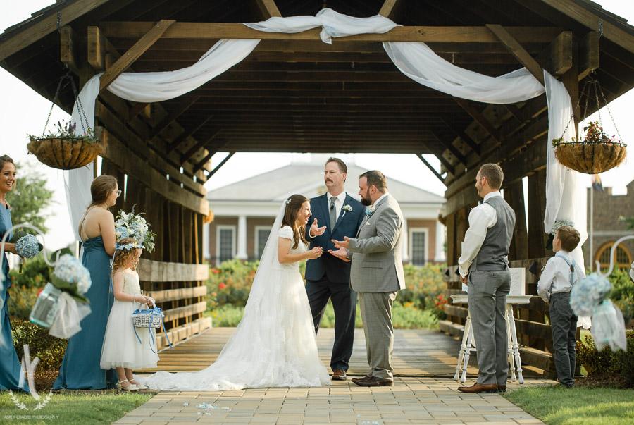 Gavin-Cierra-Discovery-Park-Wedding-39.jpg