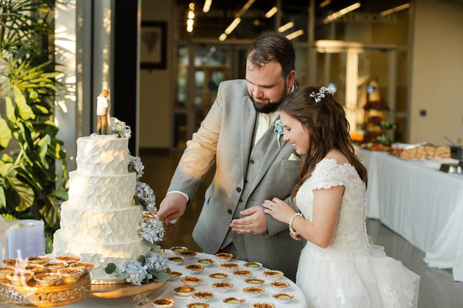 Gavin-Cierra-Discovery-Park-Wedding-52.jpg
