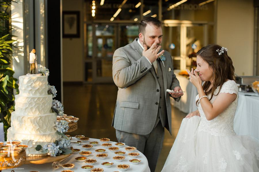 Gavin-Cierra-Discovery-Park-Wedding-54.jpg