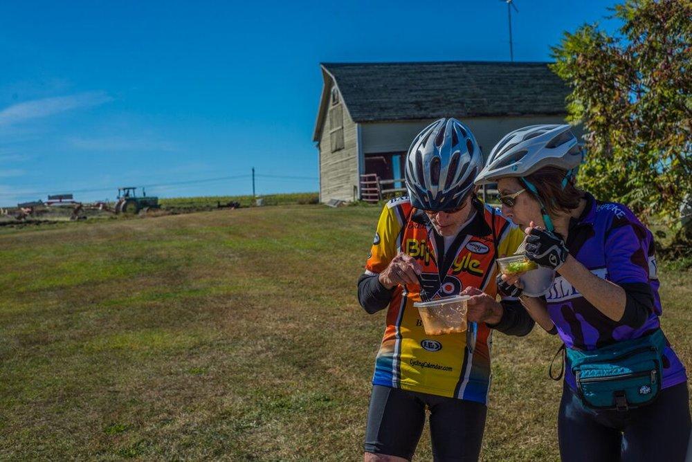 Tour de Farms riders eating.jpeg