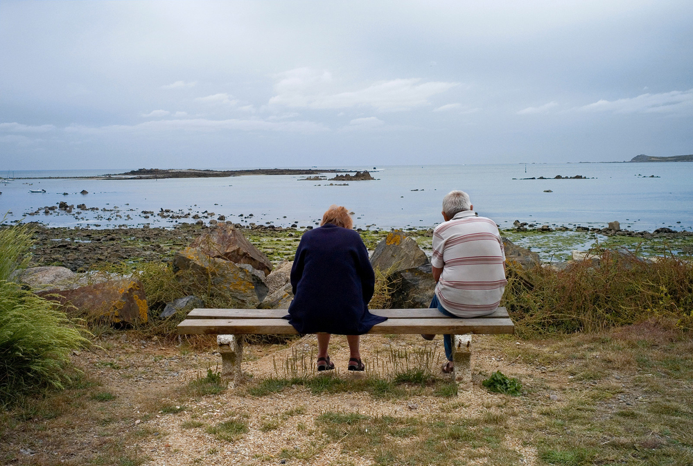couple on bench for web-X3 copy.jpg
