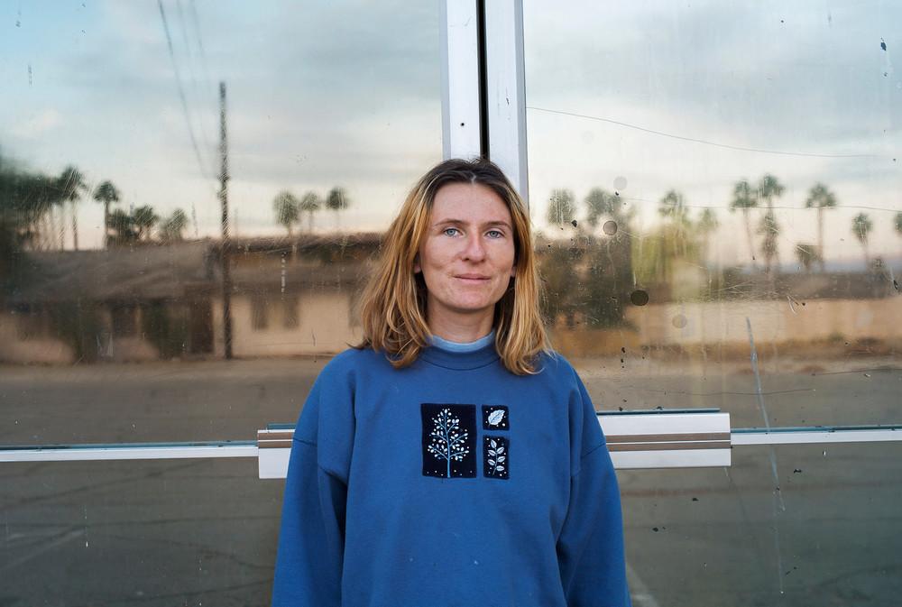 Andrea in desert_p6-30x-X3.jpg