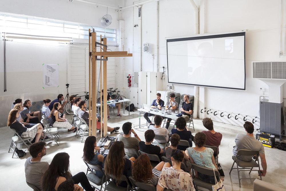 Intervention et animation sur le workshop Sistema auprès de Itmet Architects. Credits Photo: Javier Augustin Rojas