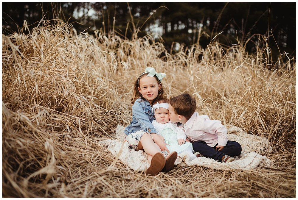 child photographer sun prairie wi kayla e photography.jpg