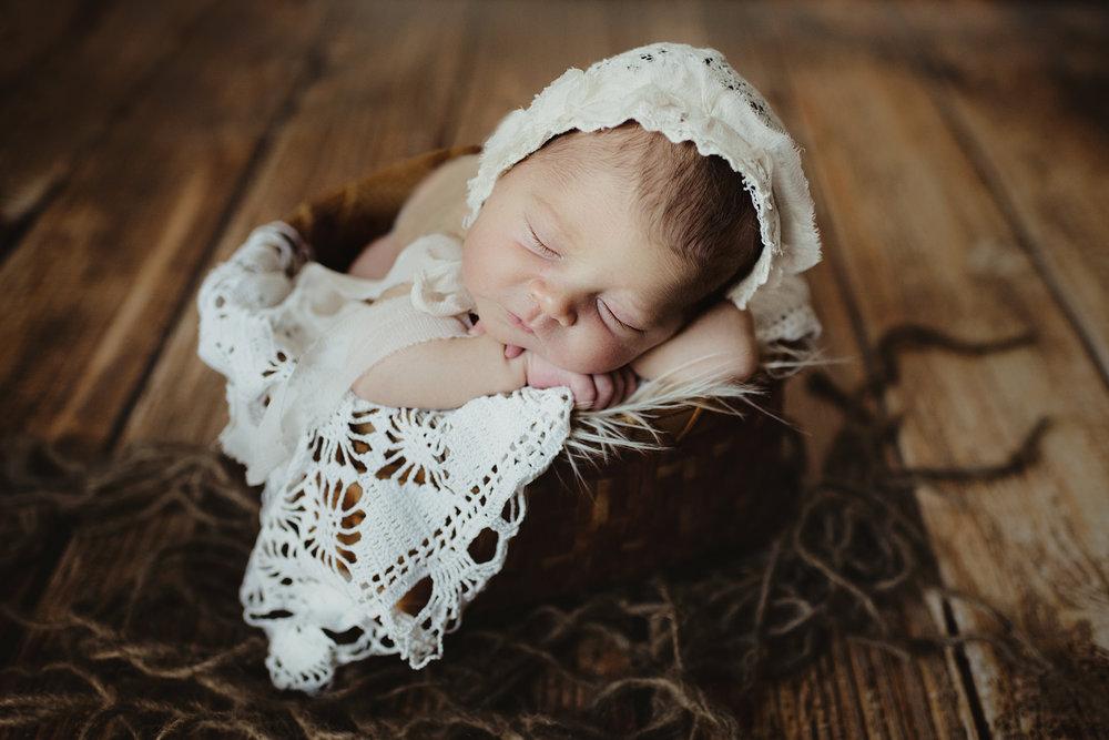 newborn photographer sun prairie wi