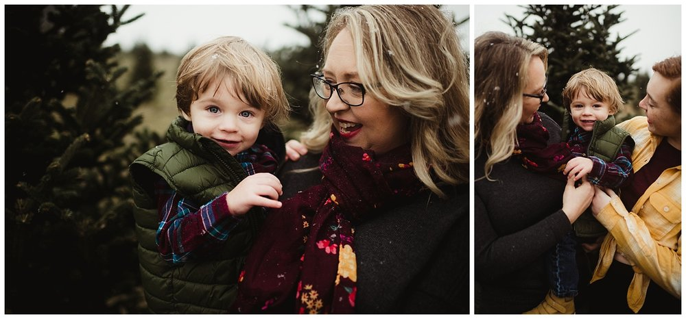 winter family session madison wi.jpg