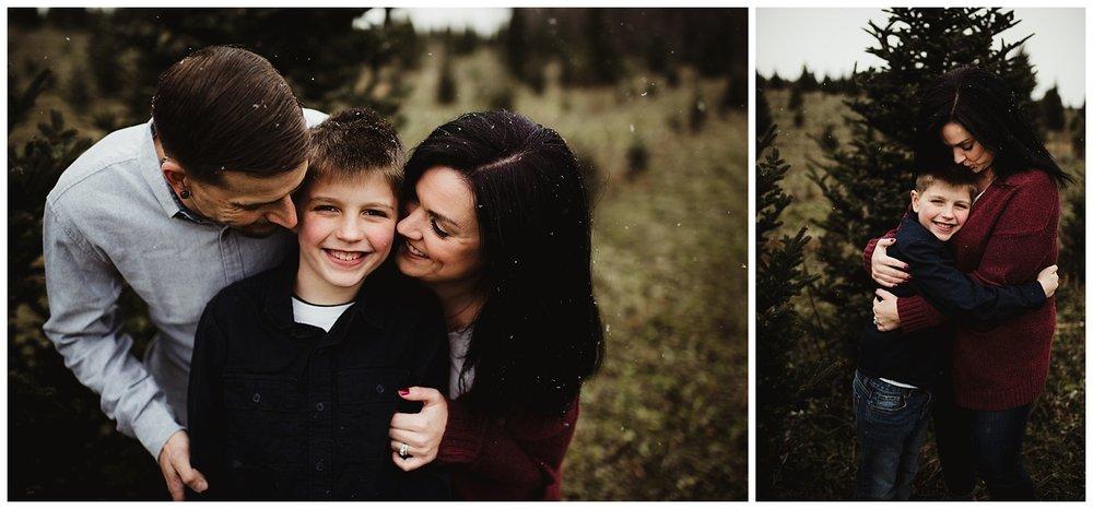 wisconsin winter family photo session.jpg