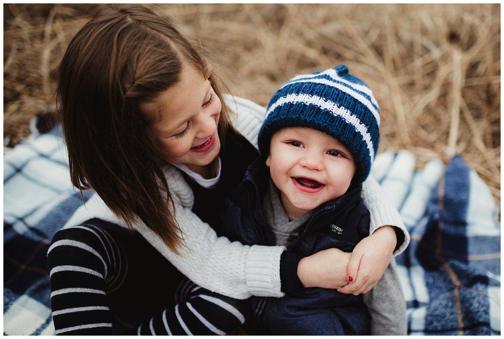 family photographer madison wi.jpg
