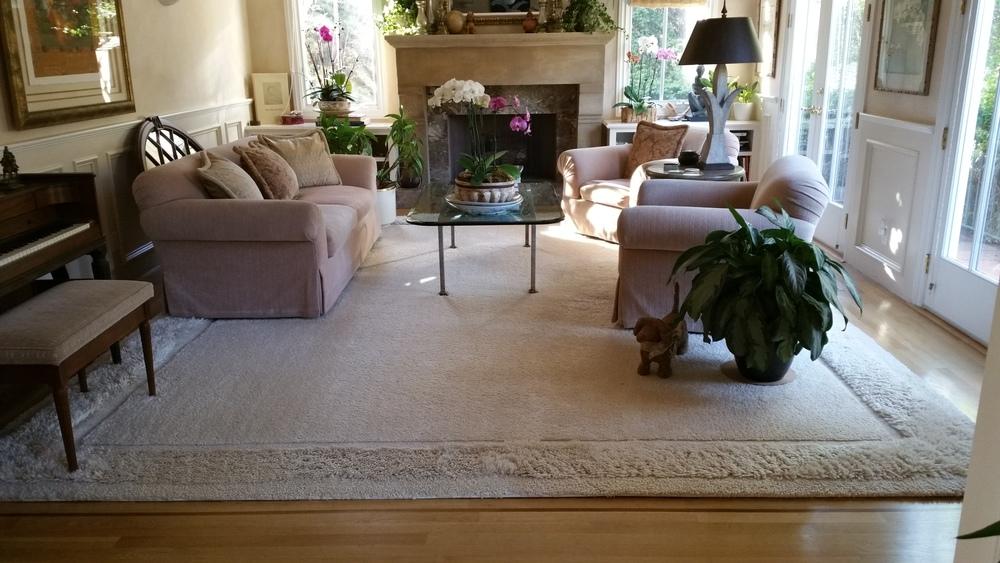 Custom-area-rug-custom-border-rug.jpg