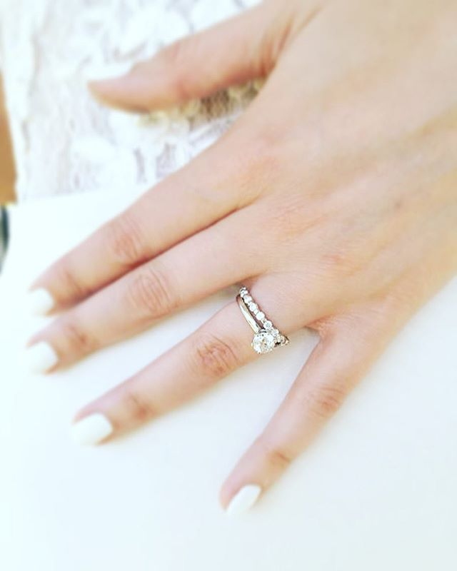 Blushing #Bride and her Fulgeo Diamonds! 💎 #myfulgeo  www.fulgeodiamonds.com