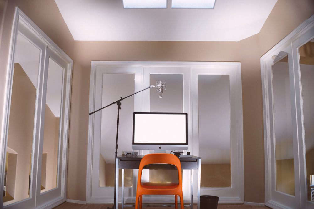 Tidy Home Office With Microphone.jpg