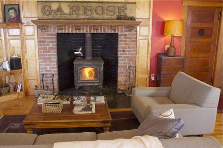 ballroom-fireplace.jpg