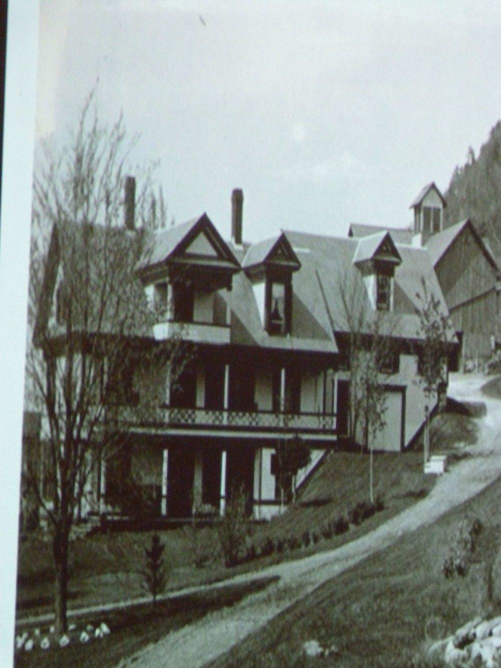 inn and barn.jpg